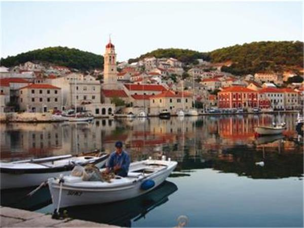 Croatia family vacation, island hopping tour