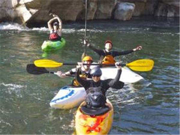 Learn how to kayak vacation in the Ardeche, France