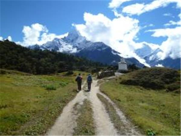 Everest luxury hiking vacation, Nepal