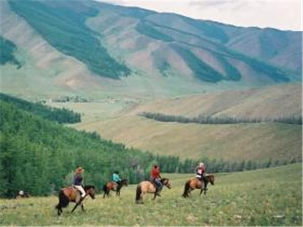 Mongolia horse riding vacation, Zavkhan Classic
