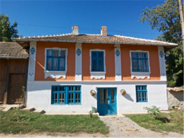 Bulgarian organic farmstay & eco retreat
