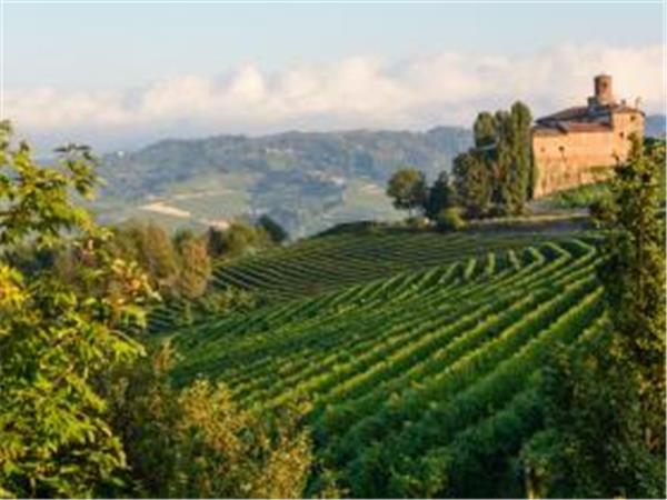 Italy biking vacation, Piedmont region