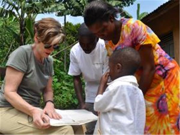 Conservation & community volunteering in Uganda
