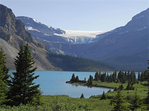 Canadian Rockies hiking vacation