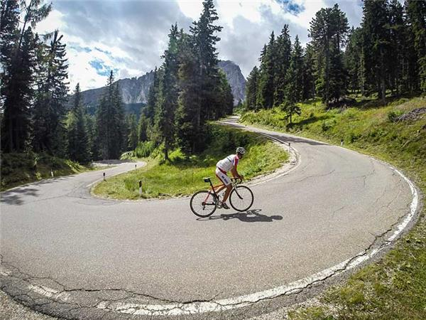 Classic cycling climbs of the Dolomites, Italy