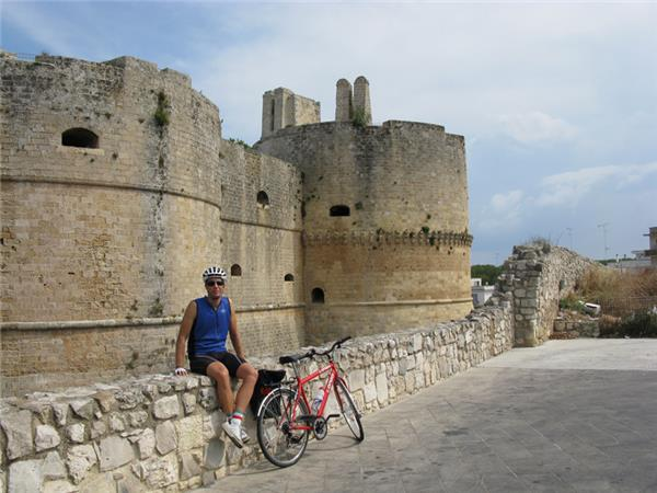 Self guided cycling vacation in Italy