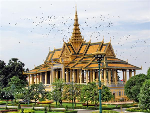 Cambodia highlights tour, 8 days