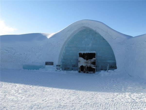 Lapland adventure vacation, Northern Lights & Icehotel