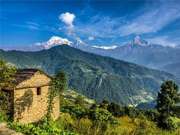 Annapurna and Chitwan overland truck tour in Nepal