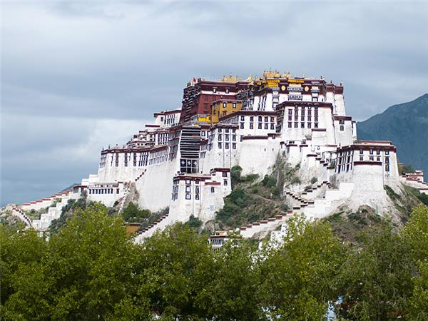 Small group vacation to Tibet