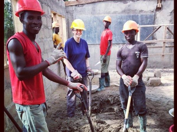 Ghana community volunteering
