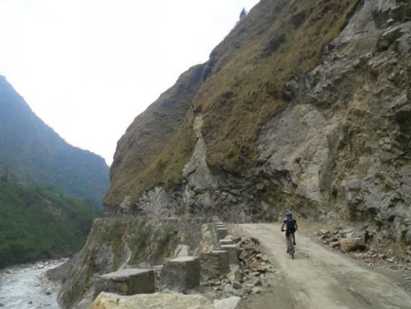 Annapurna circuit biking vacation, Nepal
