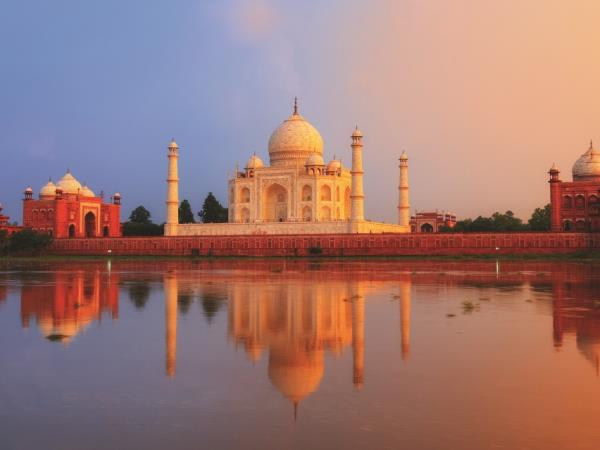 Family holiday in India, Taj and tigers