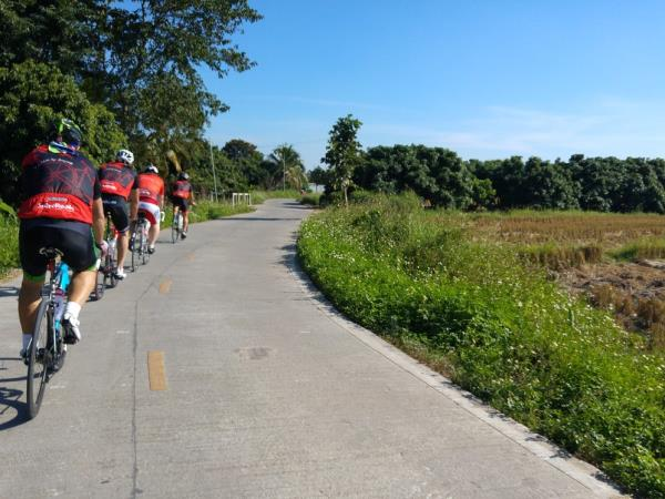 Chiang Mai to Bangkok cycling vacation