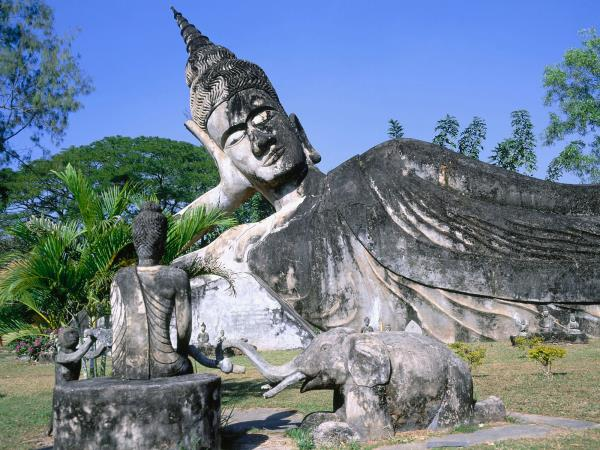 Laos highlights tour, 14 days