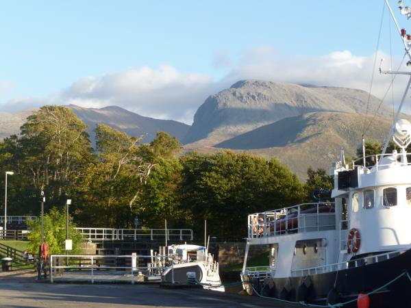 Caledonian canal cruise in Scotland, Oban to Inverness
