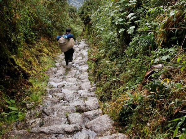 Peru small group budget vacation