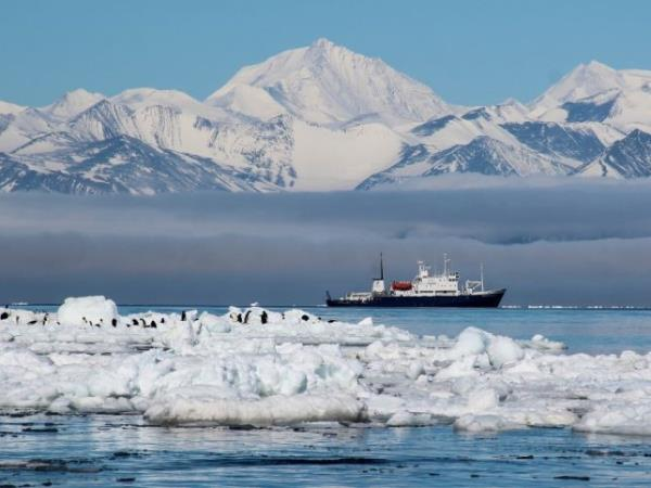 Antarctica cruise, Ross Sea & Bay of Whales