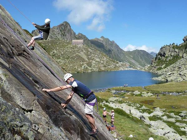 Pyrenees family activity vacation