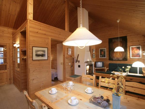 Winter cottage holiday in Finnish Lapland