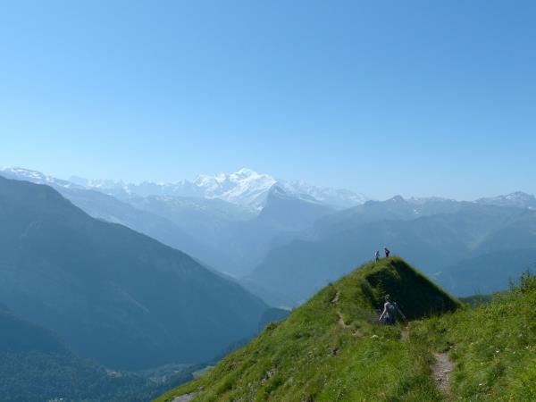 Guided walking vacations in the French Alps