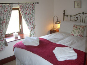 Self catering accommodation up to 3 people, Peak District