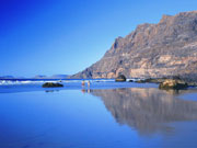 Playa de Famara, Lanzarote. Photo by Lanzarote Tourist Board